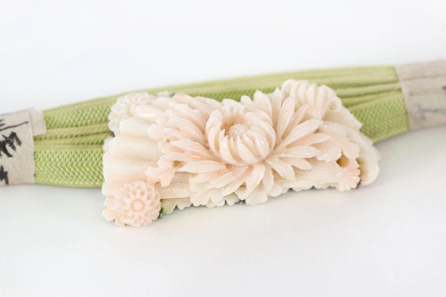 帯留 白珊瑚