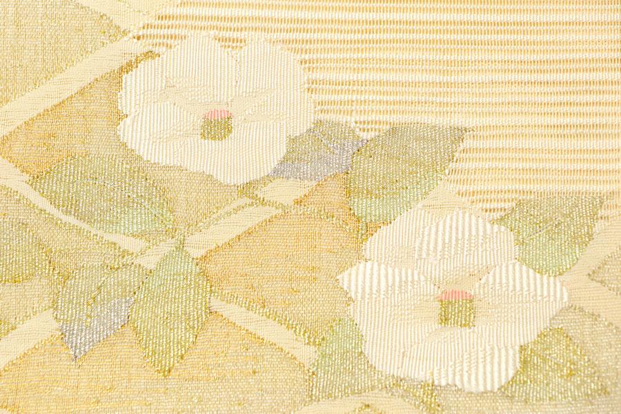 白地の絽つづれの名古屋帯