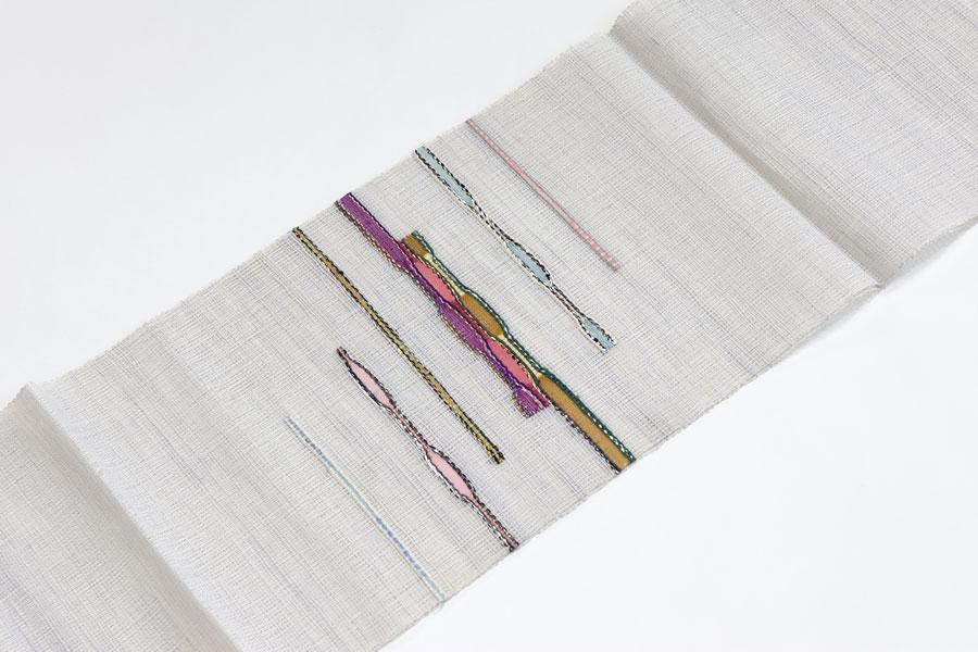 グレーの羅織の夏の名古屋帯
