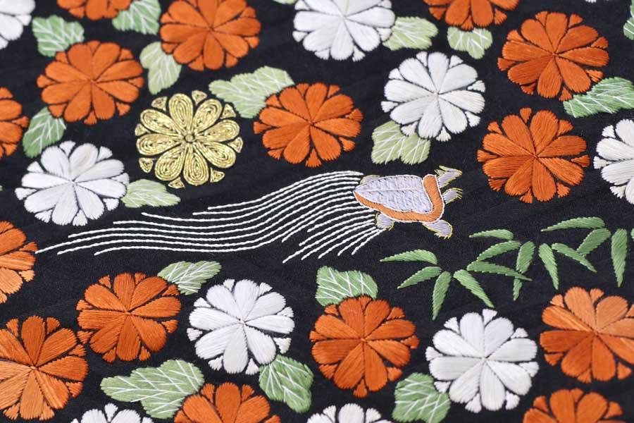 鶴亀文の刺繍の名古屋帯
